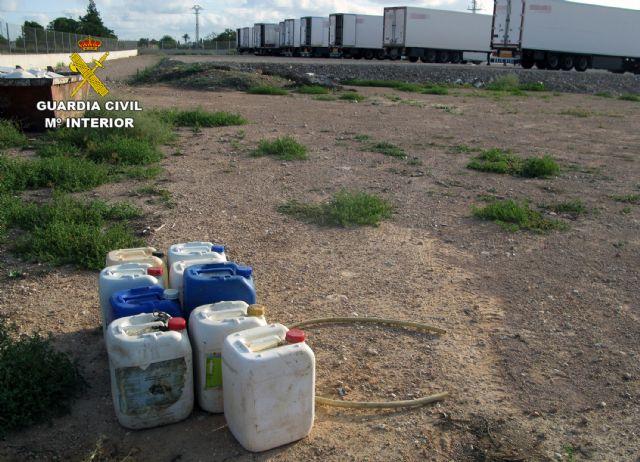 La Guardia Civil desmantela un grupo criminal dedicado a la sustracción de gasóleo bonificado en San Javier - 4, Foto 4