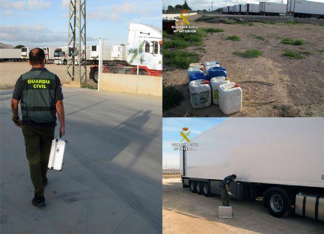 La Guardia Civil desmantela un grupo criminal dedicado a la sustracción de gasóleo bonificado en San Javier - 5, Foto 5