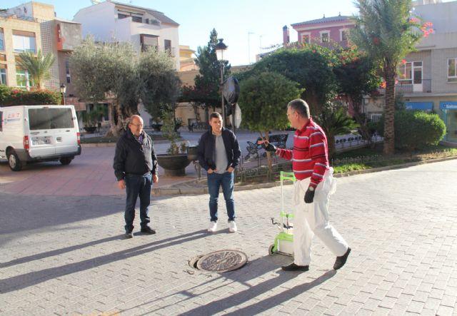 Nueva campaña de desinsectación y desinfección de la red de alcantarillado para evitar la aparición de plagas en Puerto Lumbreras - 1, Foto 1