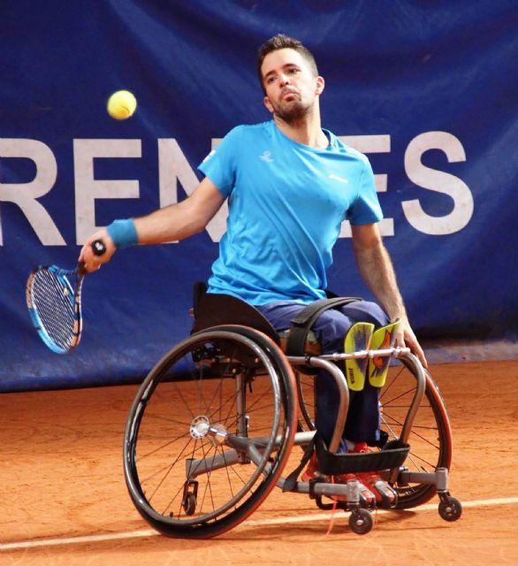 Kike Siscar, tenista de la escuela 'Las Torres entre Raquetas', consigue en Francia su primer título internacional - 2, Foto 2