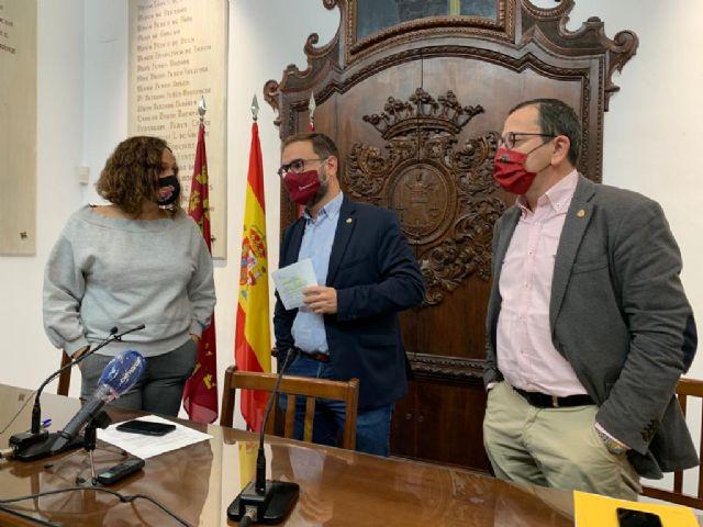 El equipo de Gobierno aprueba el inicio del procedimiento de venta de las viviendas municipales del barrio de San Fernando - 1, Foto 1