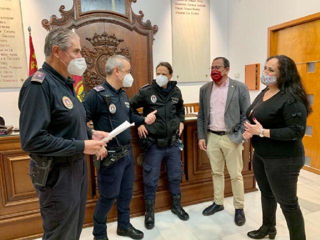 El Ayuntamiento de Lorca pone en marcha, a través de Policía Local, una unidad especializada para el seguimiento y la protección de víctimas de violencia de género - 1, Foto 1