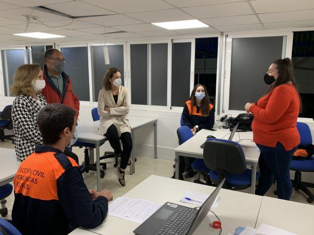 Visita de autoridades locales y regionales al Cecovid Águilas - 1, Foto 1
