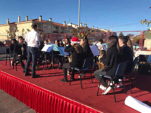 Concert of Christmas of the choir and the band of the Juan de la Cierva and Codorníu 2018 Institute - 3