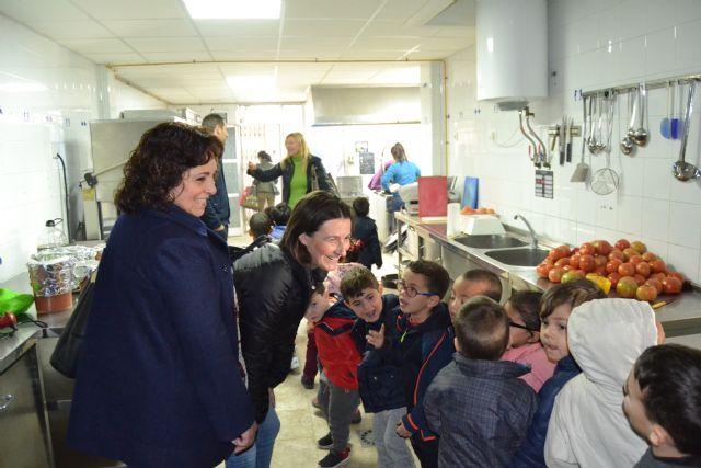 El Colegio Ramón y Cajal y el Colegio URCI han compartido un desayuno saludable de convivencia con sus  alumnos de infantil de 3 a 5 años - 1, Foto 1