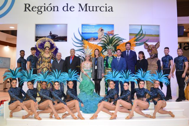 Águilas atrae las miradas de todos los visitantes de FITUR con su promoción del deporte en el medio natural y el Carnaval - 1, Foto 1