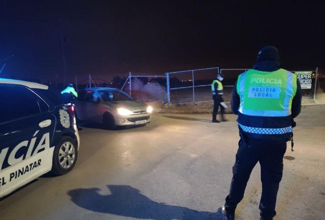 Continúan los controles policiales para comprobar el cumplimiento de las medidas de seguridad frente a la Covid - 2, Foto 2