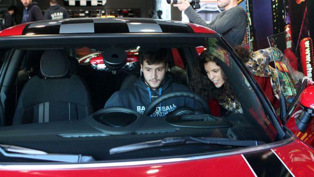 Entrega de los coches de BMW a los jugadores del UCAM Murcia CB - 5, Foto 5