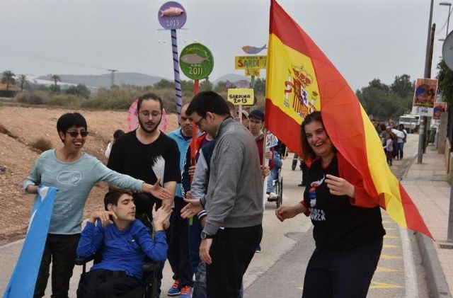 Disability Day Centers organize the I Adapted Carnival Parade in Totana, Foto 2
