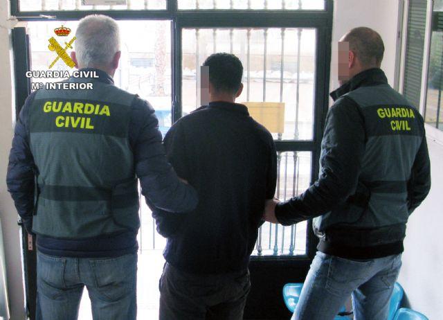 La Guardia Civil detiene al presunto autor de un robo con violencia e intimidación en Mazarrón, Foto 1