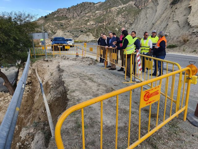 Fomento mejora la seguridad de los usuarios de la carretera regional que une Blanca y Abarán - 1, Foto 1
