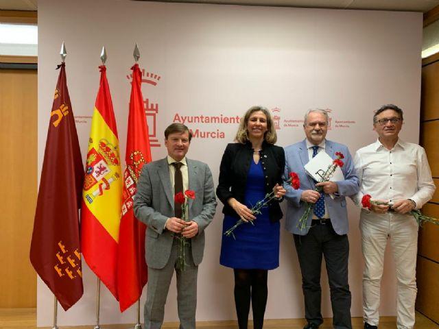 La III Feria del Libro de Murcia se celebrará del 7 al 12 de octubre en la Avenida Alfonso X El Sabio - 4, Foto 4