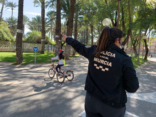 Alumnos del colegio San José de La Alberca aprenden a circular en el Parque Infantil de Tráfico - 3, Foto 3