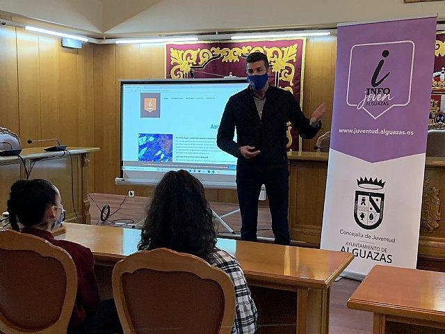 """La Concejalía de Juventud presenta el logotipo y la web del """"Info Joven"""" - 1, Foto 1"""