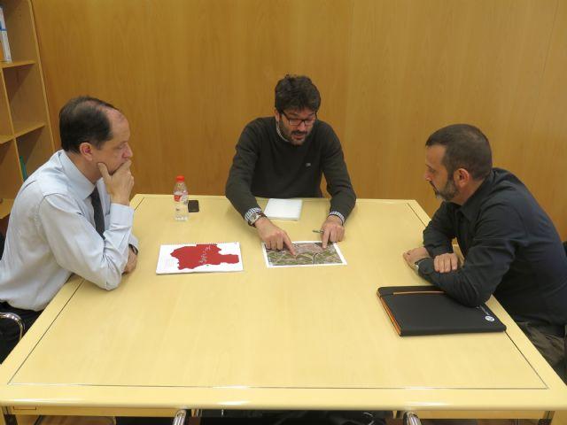 Reunión para estudiar la puesta a punto de un desvío en el Camino de Levante - 1, Foto 1
