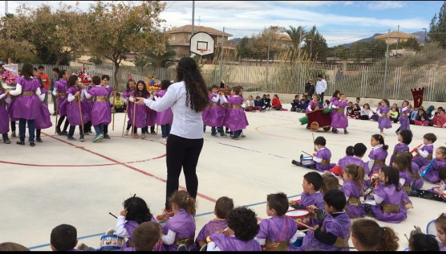 "Cheerful Nazarene Day at the CEIP ""La Cruz"""