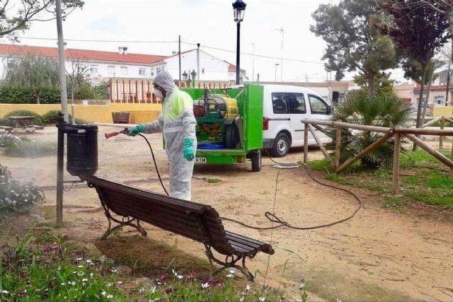 Las contratas de Jardines se unen a las labores de desinfección - 1, Foto 1