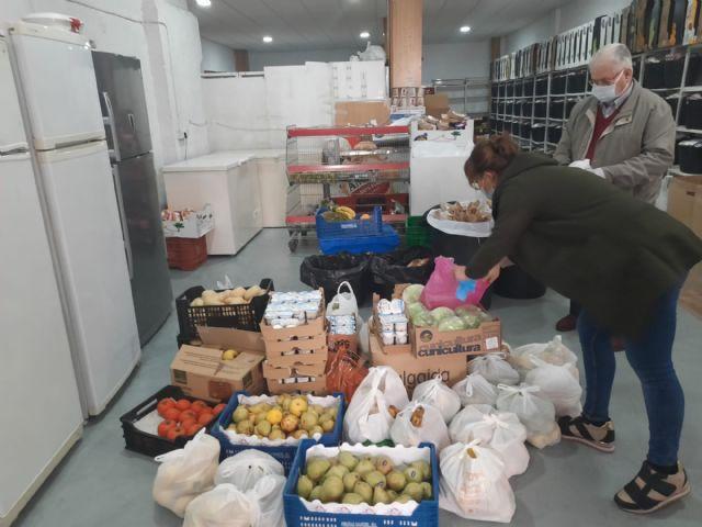 El Ayuntamiento de Molina de Segura dona a Cáritas alimentos de las escuelas infantiles del municipio - 3, Foto 3