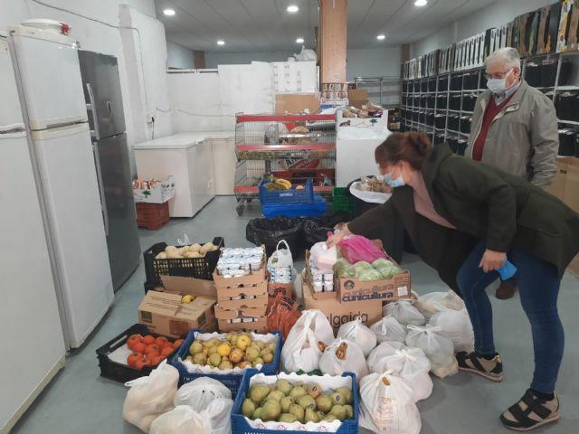 El Ayuntamiento de Molina de Segura dona a Cáritas alimentos de las escuelas infantiles del municipio - 4, Foto 4
