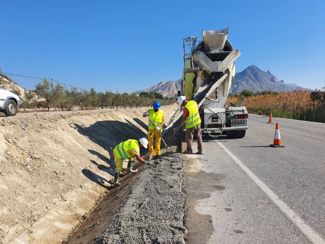 Fomento realiza obras de mejora en la carretera que conecta Abanilla con Santomera - 2, Foto 2