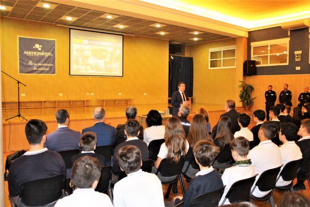El delegado del Gobierno ha presentado una de las charlas incluidas en el Plan Director para la convivencia y mejora de la seguridad en los centros educativos y sus entornos - 4, Foto 4