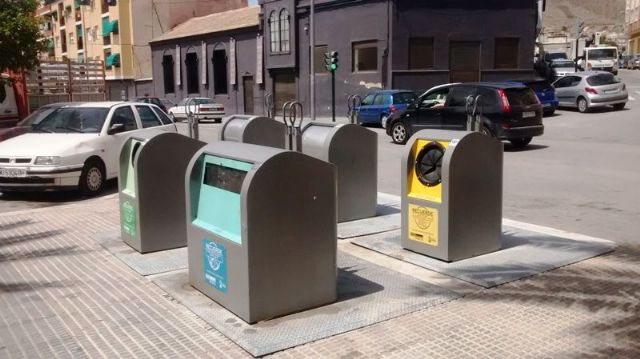 La concejalía de Servicios concluirá en los próximos meses el soterramiento de contenedores del municipio - 1, Foto 1