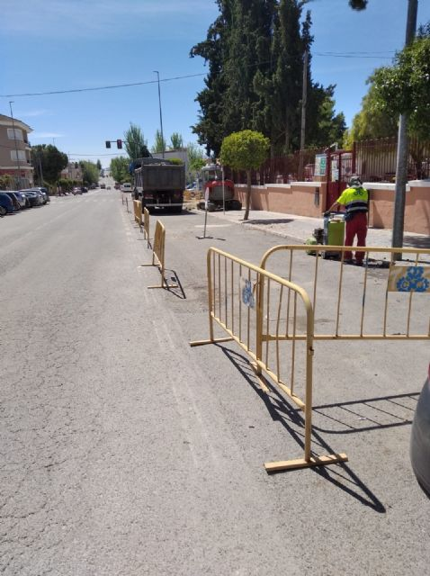 Adecuación de aceras Avda. Luis de los Reyes como itinerario peatonal accesible - 1, Foto 1