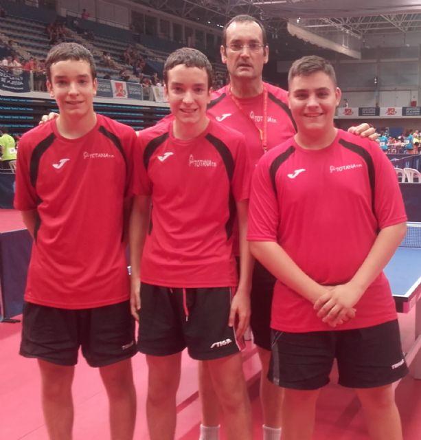 Finalizados los dos primeros días de competición destacar el buen papel del equipo juvenil del Club Totana TM