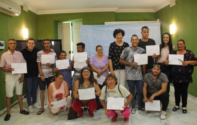 Finalizan las acciones formativas del Plan Local de Desarrollo Gitano con la entrega de diplomas - 1, Foto 1