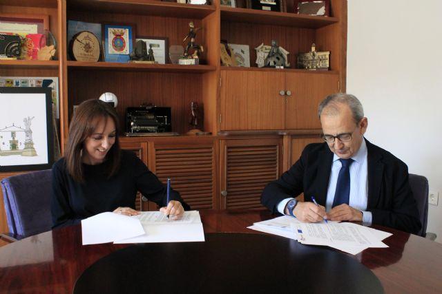El Ayuntamiento de Bullas firma un convenio de colaboración con Amusal para fomentar el emprendimiento colectivo en el municipio - 1, Foto 1
