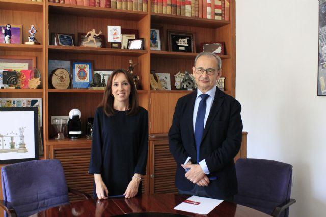 El Ayuntamiento de Bullas firma un convenio de colaboración con Amusal para fomentar el emprendimiento colectivo en el municipio - 2, Foto 2