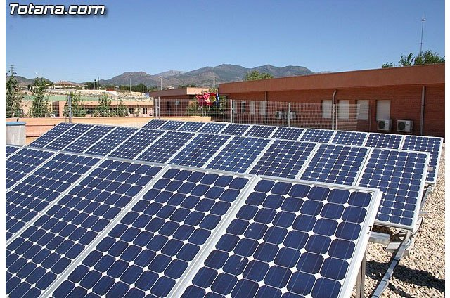 Fundación Naturgy publica El sector eléctrico español en números. Informe 2019 - 1, Foto 1