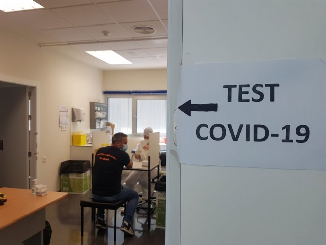 Local Police officers and Civil Protection volunteers undergo immunity tests to detect COVID-19 antibodies, Foto 3