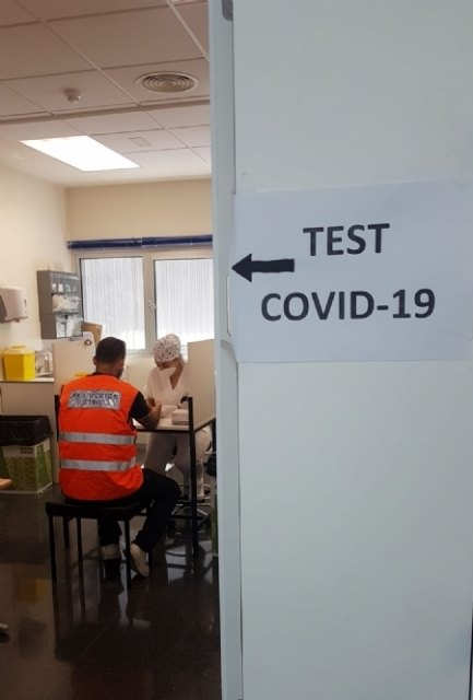 Local Police officers and Civil Protection volunteers undergo immunity tests to detect COVID-19 antibodies, Foto 4