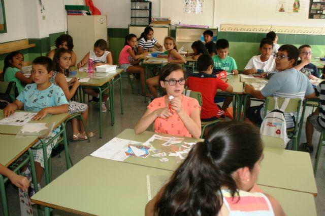 Conceden una subvención de 9.850 euros para desarrollar un proyecto de conciliación de la vida laboral durante las próximas vacaciones escolares de Navidad, Foto 1