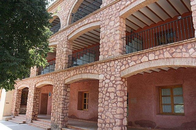 El Pleno prevé adjudicar este jueves el nuevo contrato del hotel y las ocho casas rurales del paraje de La Santa para los próximos veinte años