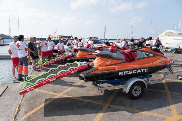Dos nuevas motos de agua refuerzan el operativo de salvamento que presta Cruz Roja en las playas de Mazarrón, Foto 1