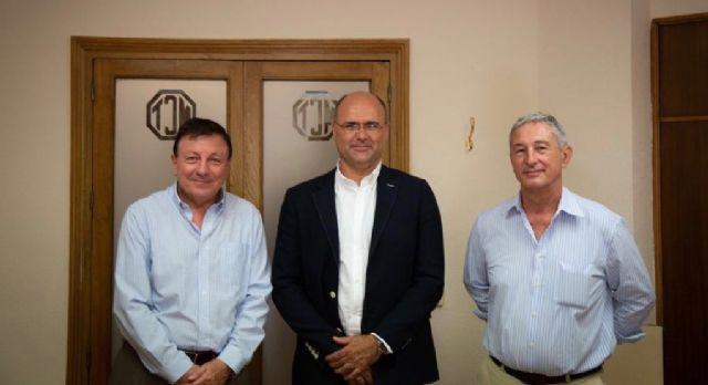 El alcalde de Pliego firma en Cartagena un convenio con la Mancomunidad de Canales del Taibilla - 1, Foto 1
