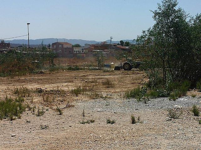 La concejalía de Urbanismo inicia la limpieza de solares y advierte de las obligaciones de mantenerlos limpios - 1, Foto 1