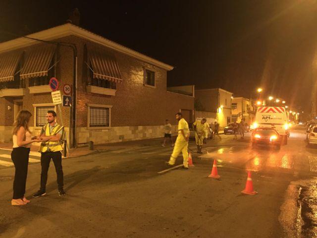 El Barrio de Vistabella mejora sus señales de tráfico con tratamiento de hidrolimpieza - 1, Foto 1