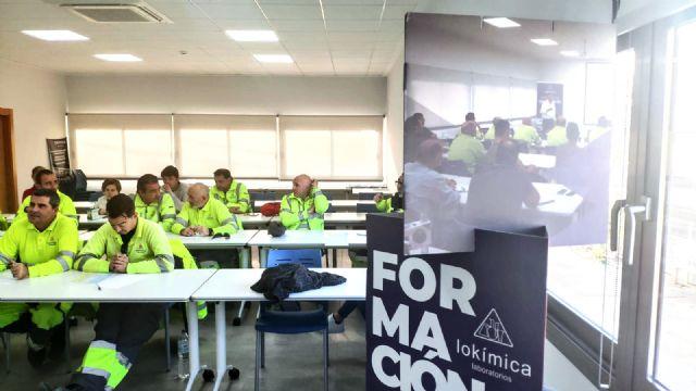 Lokímica arranca el curso académico con la colaboración en formación con diversas universidades - 1, Foto 1
