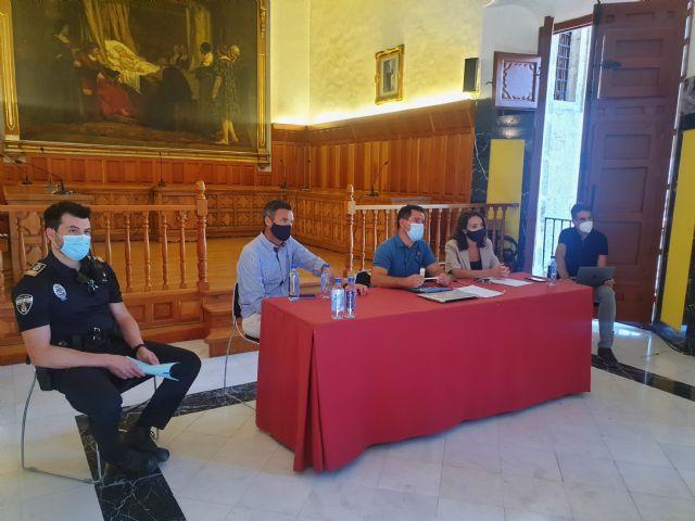 El Ayuntamiento de Caravaca impulsa medidas en coordinación con la Consejería de Educación y los propios centros para facilitar el desarrollo del curso académico - 2, Foto 2