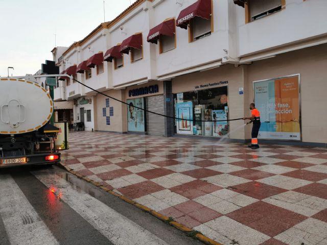 El ayuntamiento de Mazarrón intensifica la limpieza y desinfección en sus calles para combatir la covid-19 - 3, Foto 3
