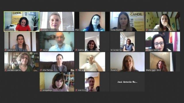 """El Colectivo para la Promoción Social """"El Candil"""", beneficiario del contrato para el desarrollo del programa """"Haciendo Comunidad"""" - 2, Foto 2"""