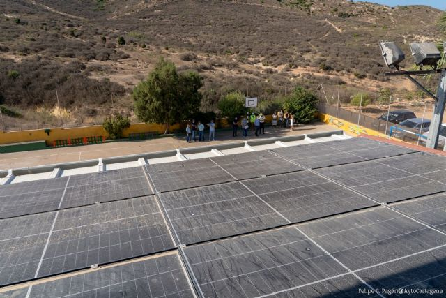 Urbanismo encarga un estudio para instalar placas fotovoltaicas en los locales sociales - 1, Foto 1