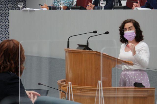 El PSRM exige al Gobierno regional que incorpore un intérprete de lengua de signos en la asistencia al parto en los hospitales de la Región - 1, Foto 1