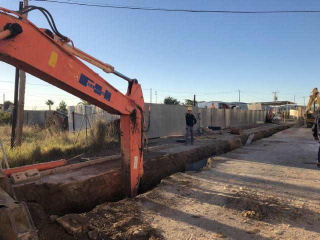 El Gobierno regional invierte casi 200.000 euros en mejorar la red de saneamiento de la calle El Palmar - 2, Foto 2