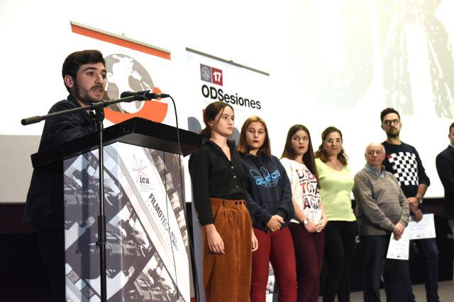 Estudiantes de la Asociación Casa Europa de Cehegín, Bullas y Calasparra se alzan con el premio regional en el certamen 'CortODS' de la UMU - 2, Foto 2