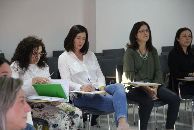 Profesionales socio sanitarios se forman para mejorar el trabajo en red ante casos de trastorno mental grave y drogodependencias - 3, Foto 3