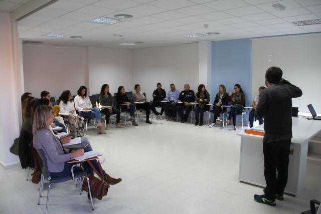 Profesionales socio sanitarios se forman para mejorar el trabajo en red ante casos de trastorno mental grave y drogodependencias - 4, Foto 4